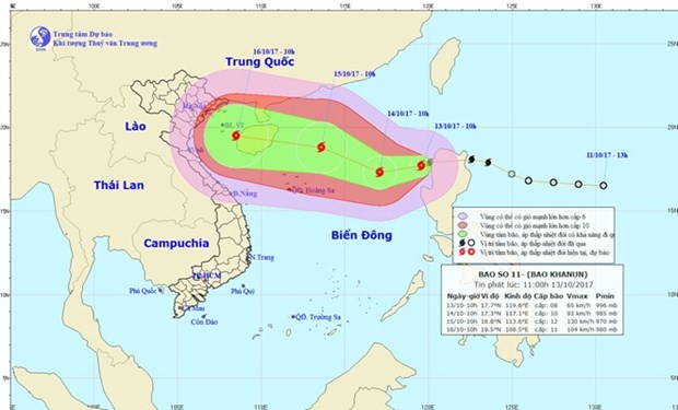 Storm Khanun hits East Sea, urgent actions requested hinh anh 1