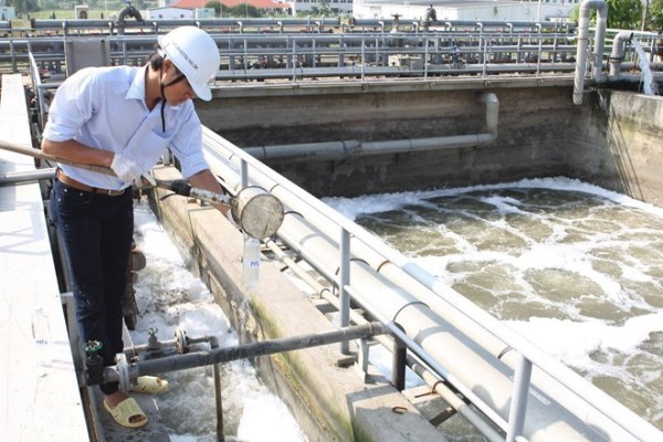 WB delegation discusses wastewater treatment project in Binh Duong hinh anh 1