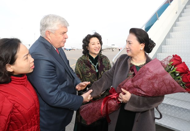 NA Chairwoman arrives in Astana for Kazakhstan visit hinh anh 1