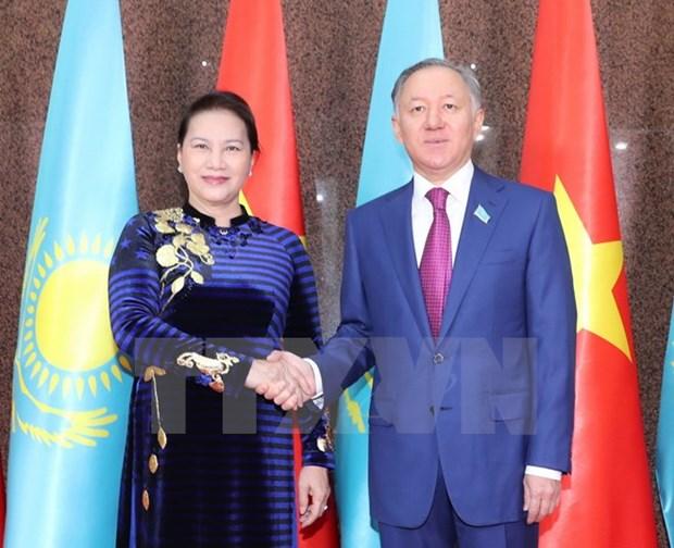 Top Vietnamese, Kazakhstani legislators hold talks hinh anh 1