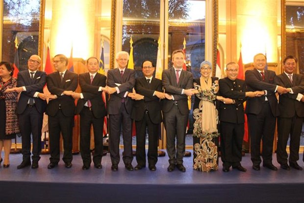 ASEAN marks founding anniversary in Paris hinh anh 1