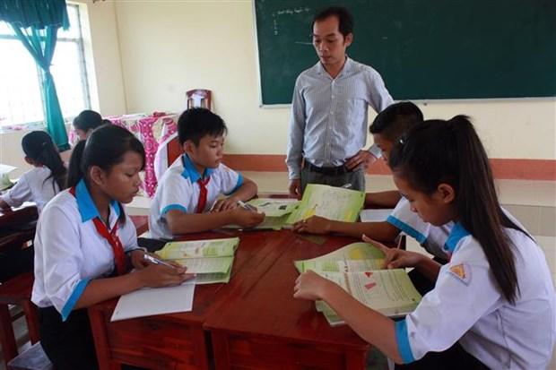 Vietnam promotes ethnic minority language preservation hinh anh 1