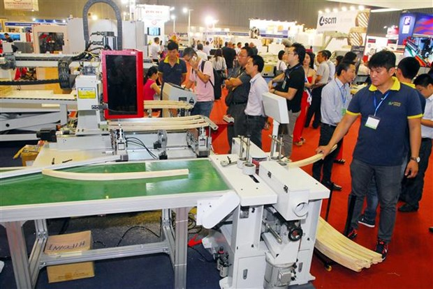 International Woodworking Industry Fair opens in HCM City hinh anh 1