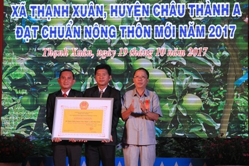 Hau Giang has 20th new-style rural commune hinh anh 1