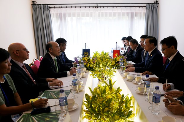 APEC 2017: Finance Minister meets IMF deputy manager in Quang Nam hinh anh 1
