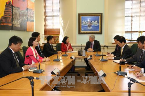 NZ officials suggest upgrading ties with Vietnam hinh anh 1