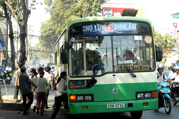 Sexual harassment on buses all too common hinh anh 1