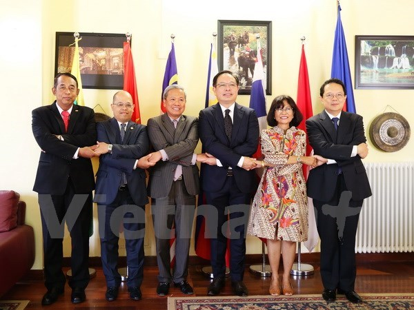 Four decades of ASEAN-EU relations marked in Rome hinh anh 1