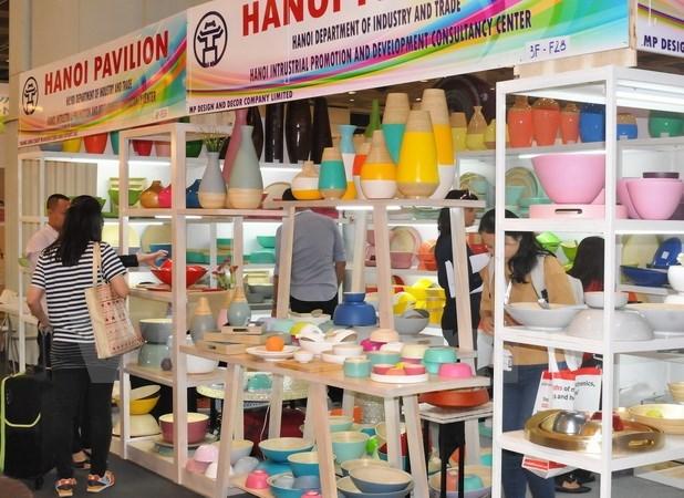 Vietnamese firms join Mega Show Hong Kong 2017 hinh anh 1
