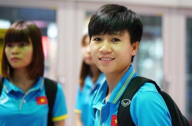 Midfielder Tuyet Dung in BBC's 100 Women 2017 list hinh anh 1