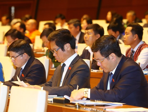 Reports on national situation, draft laws submitted to parliament hinh anh 1
