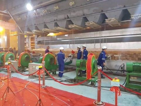 Float glass plant opens in Ninh Binh hinh anh 1