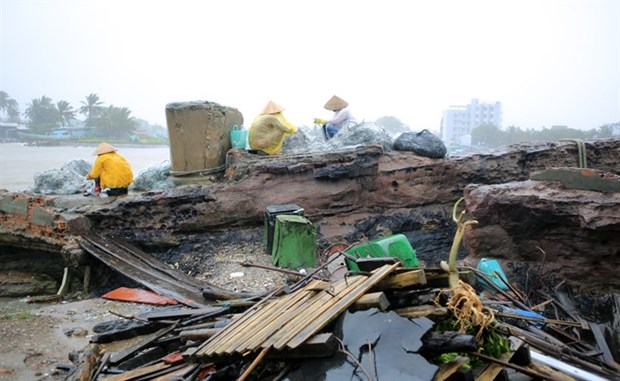 Phu Quoc Island drowning in rubbish hinh anh 1
