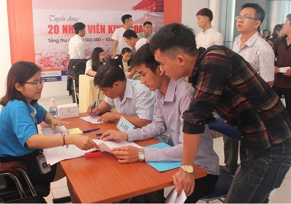 HCM City: Private sector needs most labourers hinh anh 1