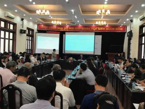 Forum seeks to tackle bottlenecks to boost growth in Vietnam hinh anh 1