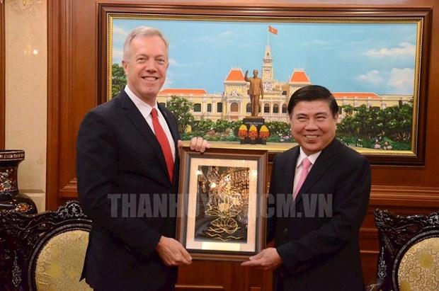 US Ambassador bids farewell to HCM City leaders hinh anh 1