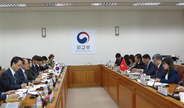 Vietnam, RoK review one-year economic cooperation hinh anh 1