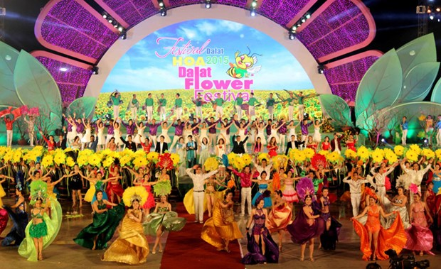 Flower festival to return to Da Lat in December hinh anh 1