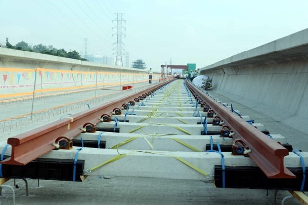 First tracks laid on HCM City metro hinh anh 1