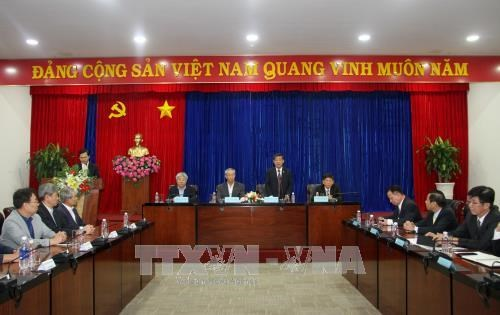 RoK's businesses explore investment in Binh Duong province hinh anh 1