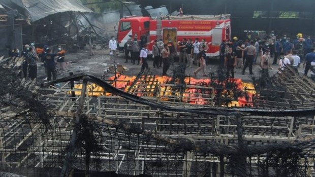 Indonesia: fireworks factory explosion kills 47 people hinh anh 1