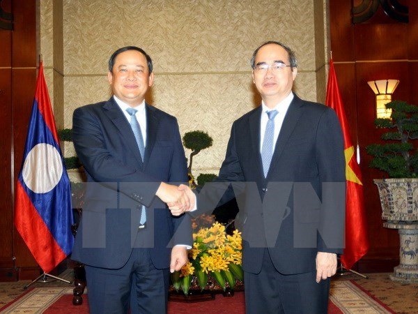 HCM City vows concerted efforts to tighten links with Laos hinh anh 1
