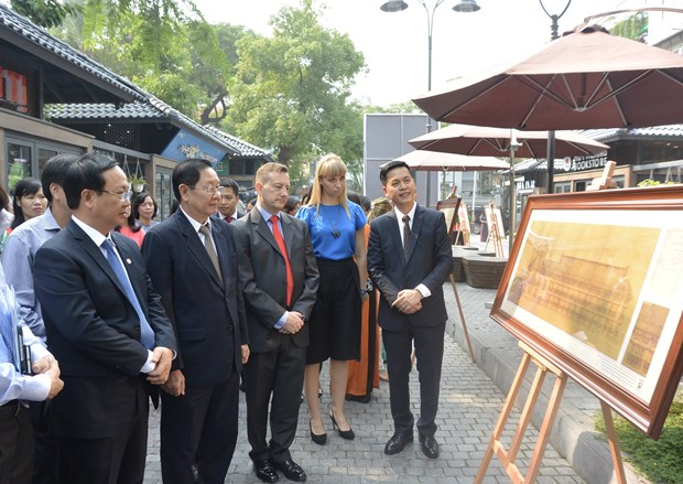 Exhibition features French architecture in Hanoi hinh anh 1