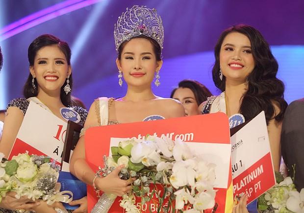 Le Au Ngan Anh crowned Miss Ocean Vietnam 2017 hinh anh 1