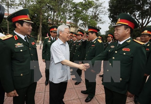 Party chief hails Military Zone 4 for ensuring social security hinh anh 1