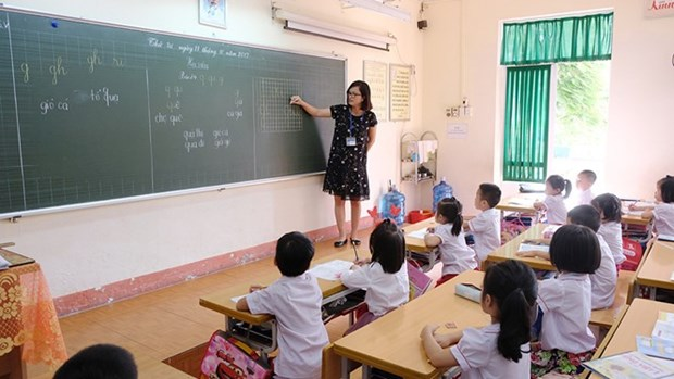 Quang Ninh hiring freeze creates teacher shortage hinh anh 1
