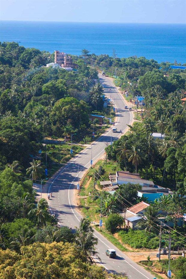 Phu Quoc moves towards smart city status hinh anh 1