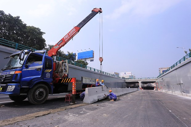 Da Nang tunnel to be opened ahead of APEC 2017 hinh anh 1