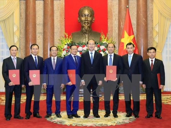 Rank of Ambassador bestowed upon diplomats hinh anh 1