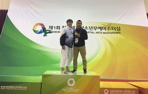 Vietnamese kurash artist wins gold at world event hinh anh 1