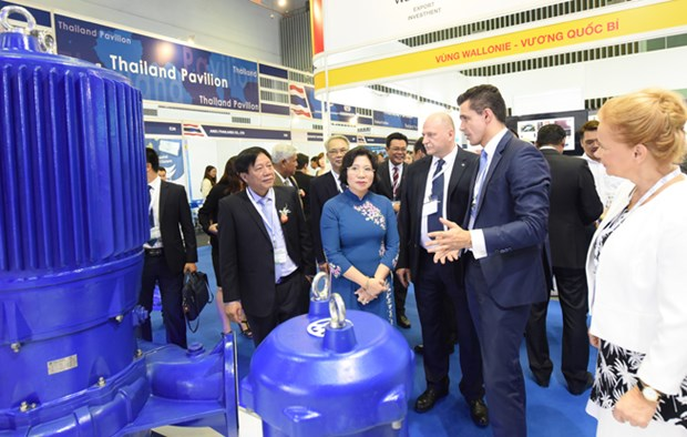 Int'l water, energy exhibitions open in HCM City hinh anh 1