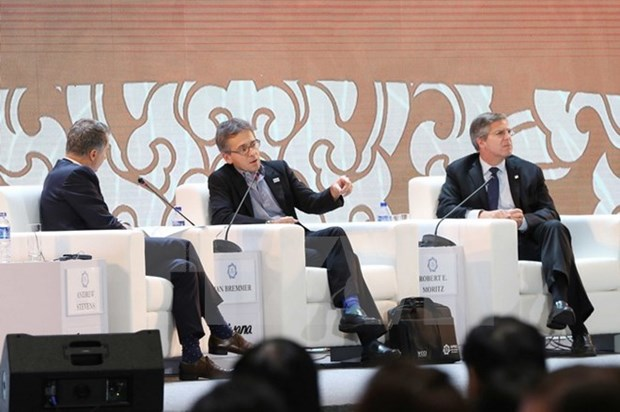 APEC CEO Summit continues discussions on various issues hinh anh 1