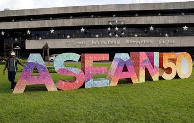 ASEAN Green Bond Standards launched to drive sustainable investments hinh anh 1