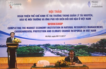 Market economy institution crucial for climate change response hinh anh 1
