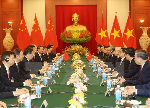 Party chiefs Nguyen Phu Trong, Xi Jinping hold talks hinh anh 2