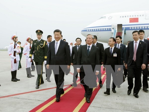 Chinese top leader begins State visit to Vietnam hinh anh 1