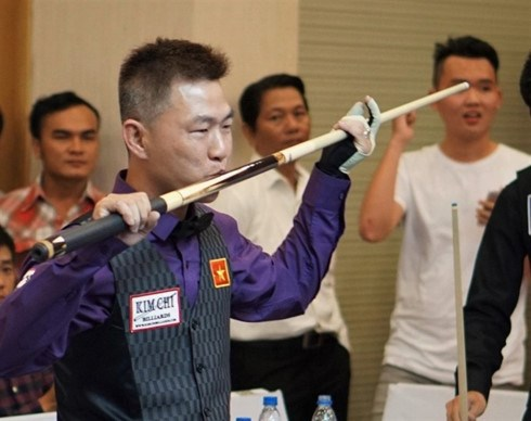 Cueist Cam makes history in Vietnam hinh anh 1