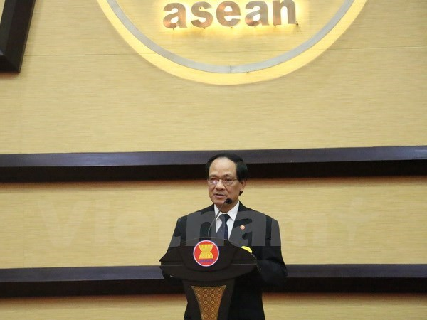 ASEAN chief: Legally-binding East Sea Code of Conduct needed hinh anh 1