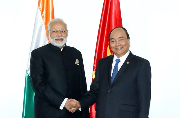 31st ASEAN Summit: PM Nguyen Xuan Phuc meets Indian PM hinh anh 1