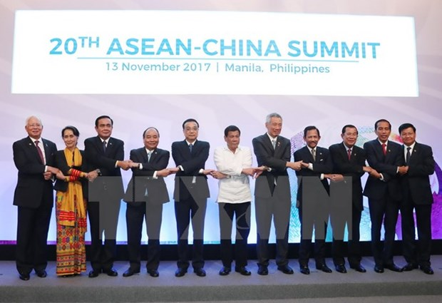 ASEAN, China agree to protect marine environment in East Sea hinh anh 1