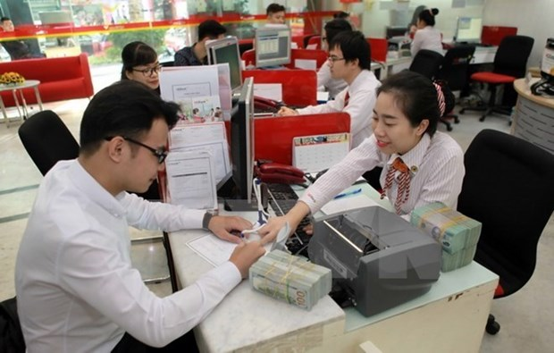 Reference exchange rate goes down by 10 VND hinh anh 1