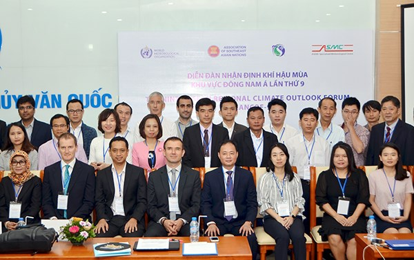 Hanoi hosts ASEAN climate outlook forum hinh anh 1