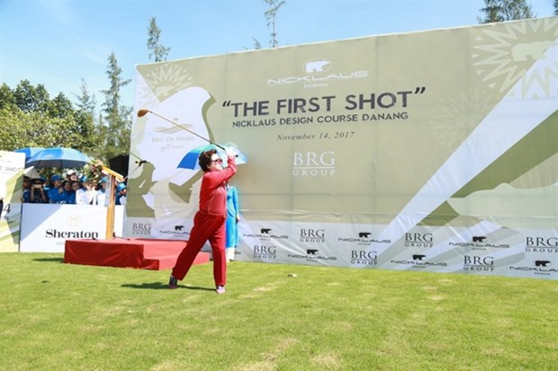 APGS golf summit opens in central Da Nang city hinh anh 1