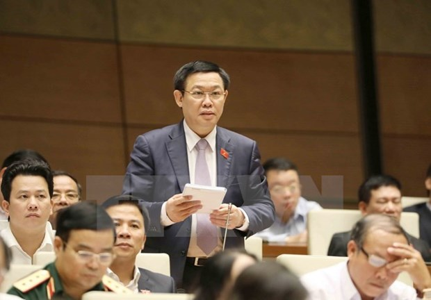 Deputy PM: Government will not raise public debt ceiling hinh anh 1