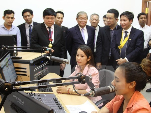 Cambodia inaugurates Vietnam-funded broadcast station project's phase I hinh anh 1