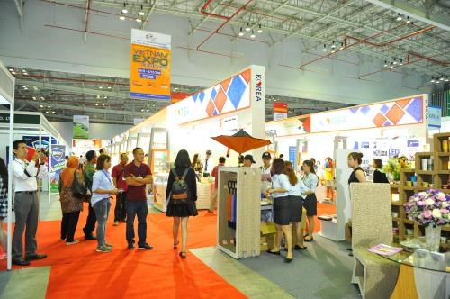 Vietnam Expo 2017 promotes new products for 2018 hinh anh 1